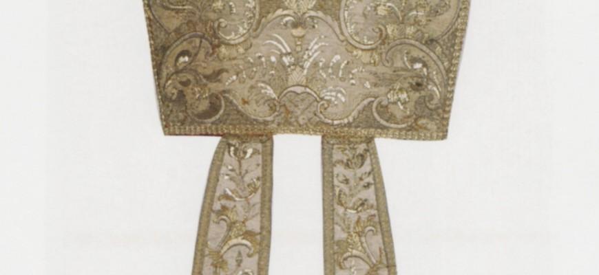 Mitria di Mons. Scipione Sersale